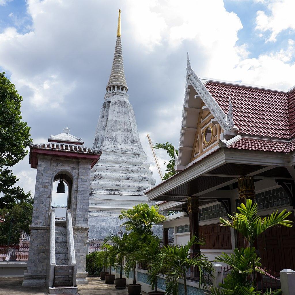 Temple de Wat Buranasiri Mattayaram dans le vieux Bangkok - Photo de CKasa