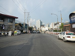 Arnaiz Avenue - Arnaiz Avenue looking east towards Makati CBD from Tripa de Gallina Bridge in Pasay