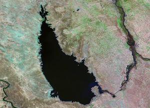 Lake Tharthar - Landsat 5 (1990)