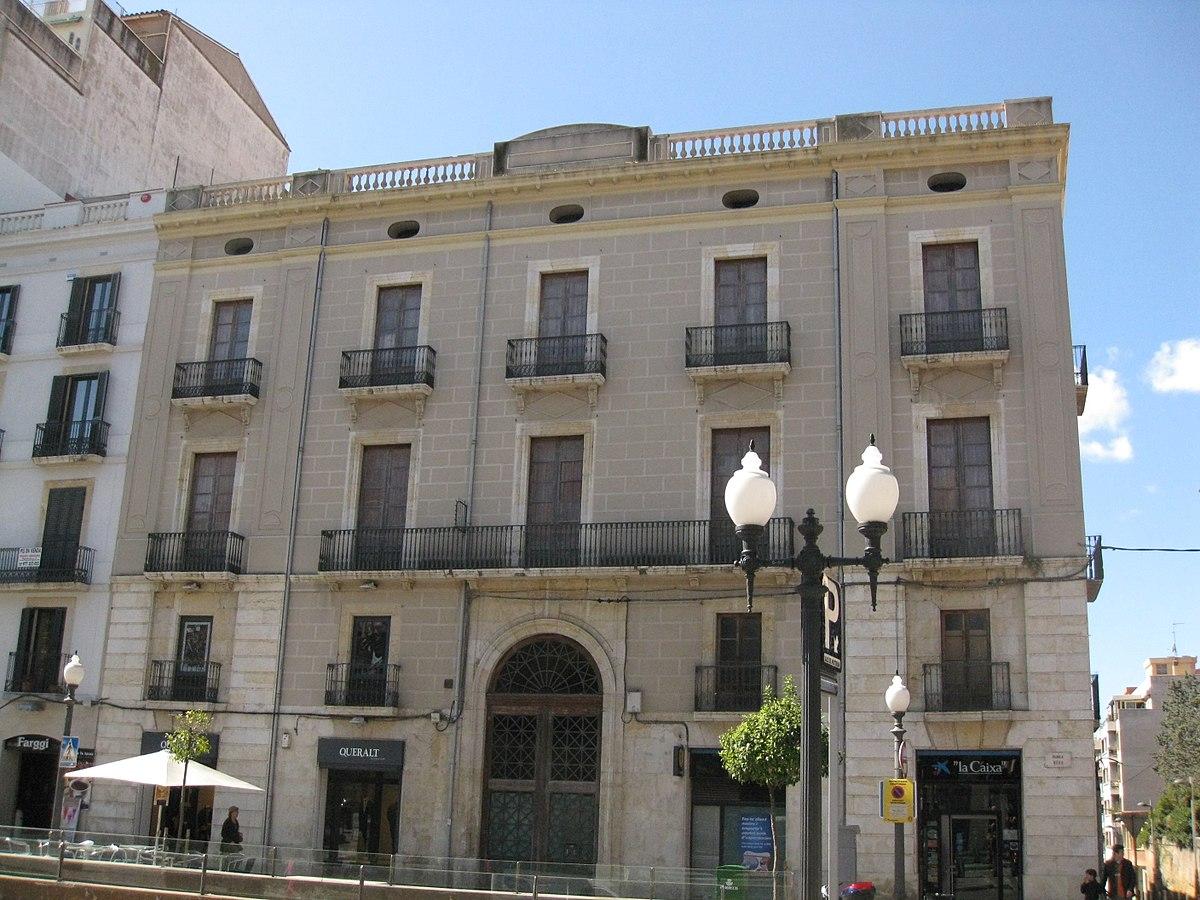 Casa sala tarragona viquip dia l 39 enciclop dia lliure for Casa minimalista tarragona