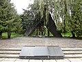 1. Пам'ятник жертвам фашизму, Рівне.JPG