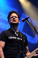 13-06-09 RaR Newsted 07.jpg
