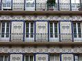 168 Casa del Bunyolero, portal de Sant Roc 54 (Terrassa), detall de la façana.jpg
