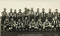 1922 collingwood team fred 5th from right.jpg