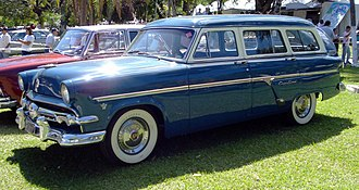 Ford Country Sedan - Image: 1954 Ford Country Sedan