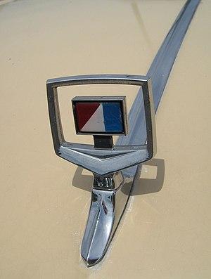 AMC Concord - AMC Concord hood ornament