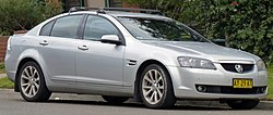 2008 Holden Calais (VE MY09) V sedan (2010-07-05).jpg