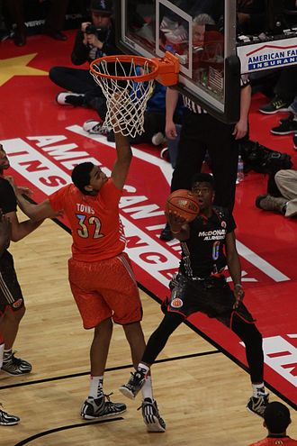 Layup - Emmanuel Mudiay does a reverse layup in the 2014 McDonald's All-American Boys Game