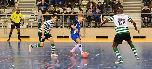 2015-02-28 17-34-10 futsal.jpg