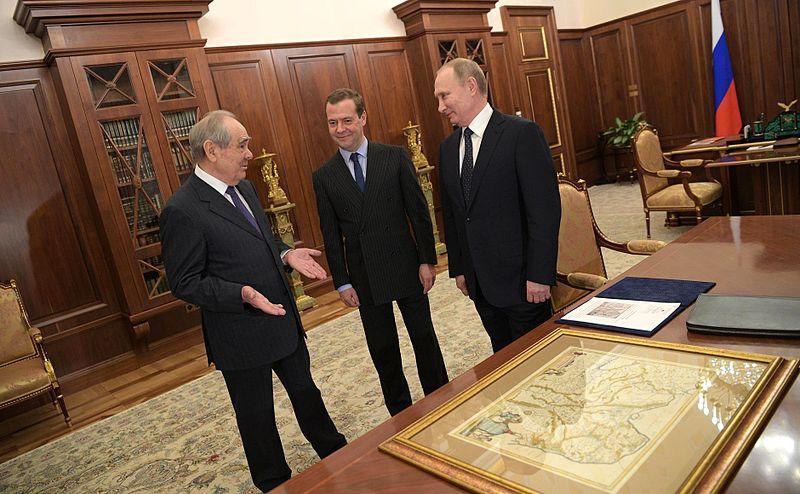 File:2017-01-19 Vladimir Putin and Dmitry Medvedev with Mintimer Shaimiyev on the eve of his 80th birthday, 02.jpg