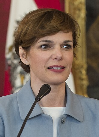 Next Austrian legislative election - Image: 2017 Angelobung von Pamela Rendi Wagner (33282934936) (cropped)