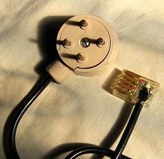 Telephone plug - Image: 4 prong plug jeh
