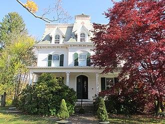 Glover House (Newtown, Connecticut) - 50 Main Street