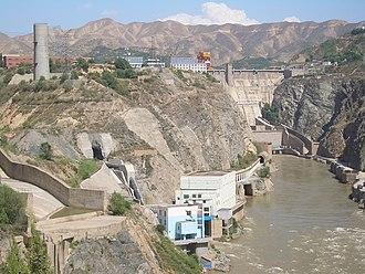 Renewable energy in China - Liujiaxia Dam hydroelectric power plant in Gansu province, China
