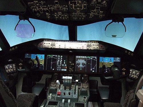 500px-787-flight-deck.jpg