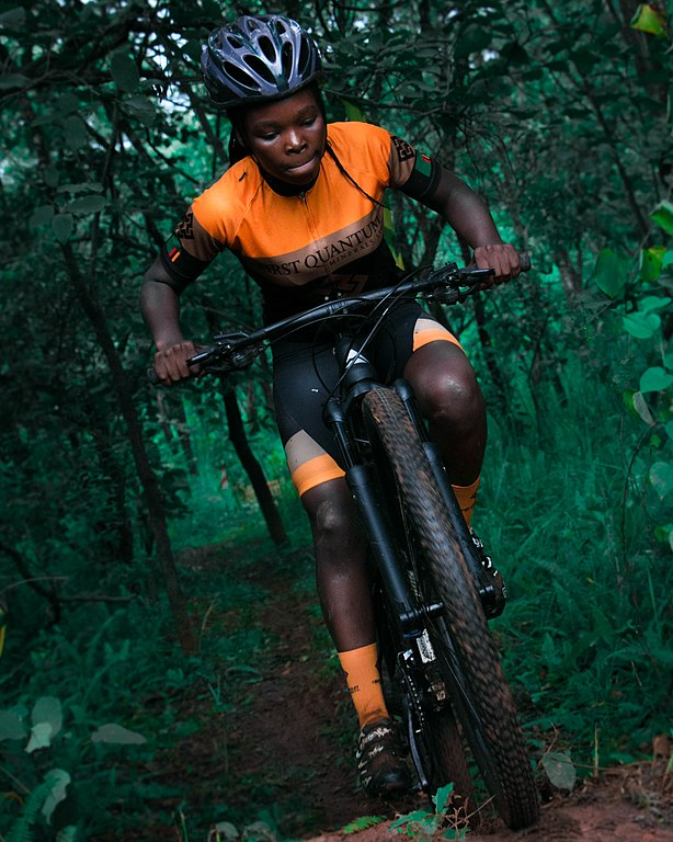 https://upload.wikimedia.org/wikipedia/commons/thumb/8/8a/A_Woman_From_The_Women%27s_National_MTB_Team_in_Zambia.jpg/614px-A_Woman_From_The_Women%27s_National_MTB_Team_in_Zambia.jpg