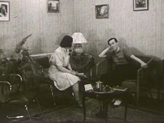 À la croisée des chemins - An image from the film, in which Jean tells his mother he intends to become a missionary