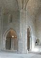Abbaye de Silvacane - transept nord et collatéral gauche.jpg