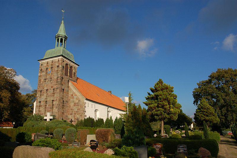 File:Adelbyer Kirche 0705.JPG