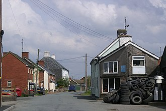 Adfa, Powys - Western approaches