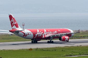 AirAsia X, A330-300, 9M-XXI (19414272852).jpg