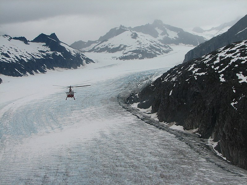 File:Alaska helicopter ice.jpg