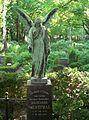 Angel-Friedhof Lichterfelde.jpg