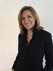 Anne-Laure Van Neer