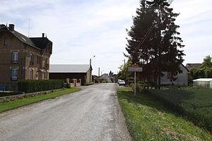 Annelles - The Village