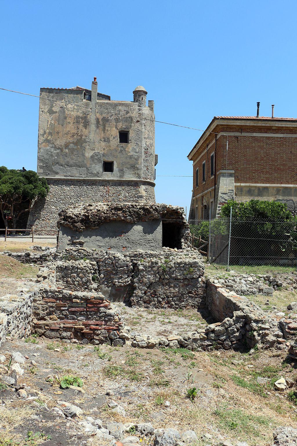 Ansedonia, Torre e forte della Tagliata 01