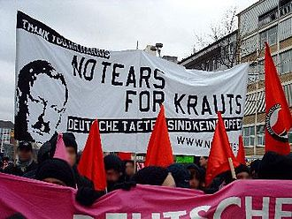 Anti-Germans (political current) - Anti-German banner expressing support for Arthur Harris.