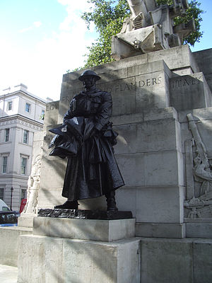 Royal Artillery Memorial - The bronze statue of the artillery captain