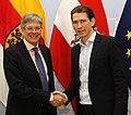 Außenminister Kurz trifft Kärntner Landeshauptmann Kaiser (13619904035).jpg