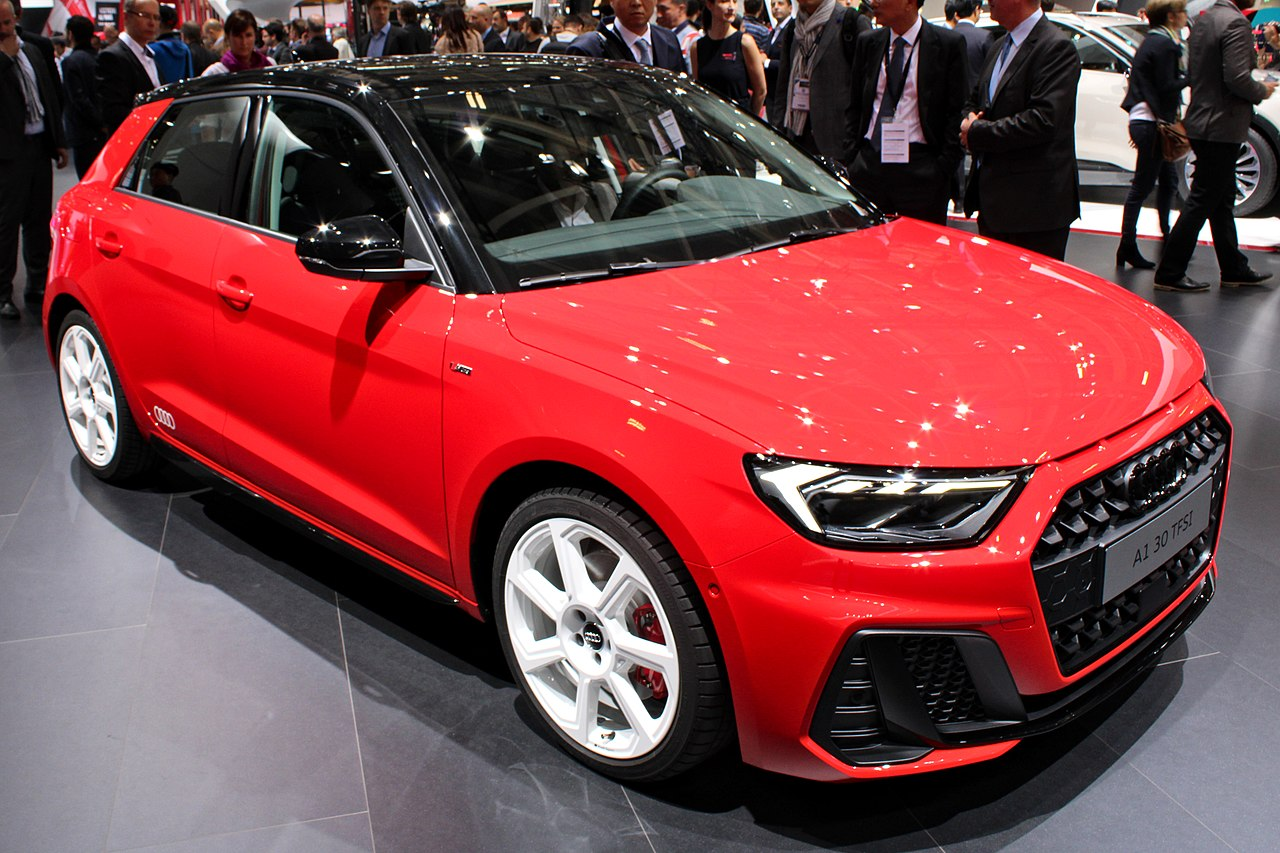 file audi a1 30 tfsi paris motor show 2018 img wikimedia commons. Black Bedroom Furniture Sets. Home Design Ideas