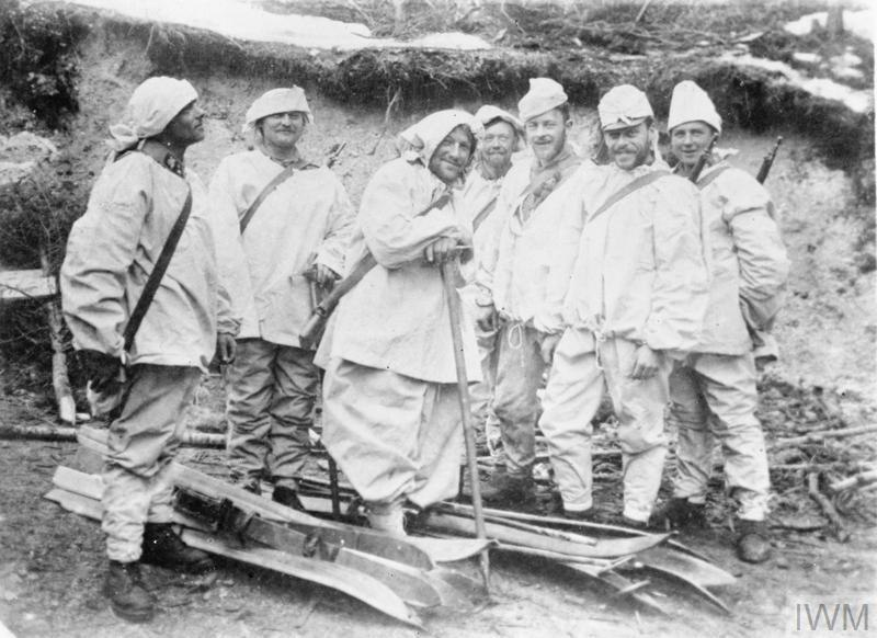 Austro-Hungarian ski patrol on Italian front in snow camouflage 1915-1918