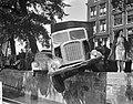 Auto-ongeval op de Kalkmarkt, Bestanddeelnr 912-6148.jpg