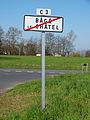Bâgé-le-Châtel-FR-01-panneau d'agglomération.jpg