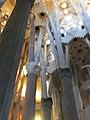Barcelona Sagrada Familia interior 04.jpg