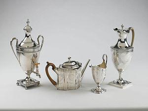 Hester Bateman - Examples of the Bateman family's work at the Birmingham Museum of Art