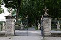 Bayreuth, Neues Schloß, Einfriedung zum Hofgarten-001.jpg