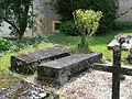Beauregard-et-Bassac cimetière Bassac tombes (1).JPG
