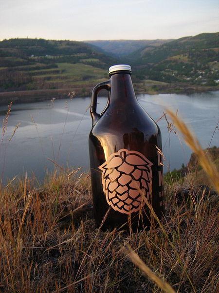 File:Beer growler.jpg