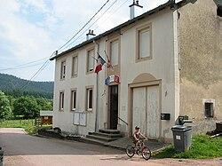 Belmont-sur-Buttant (88) mairie.jpg