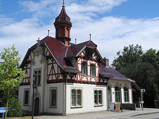 Bergpark Wilhelmshöhe - Stationsgebäude 2018-06-22 c