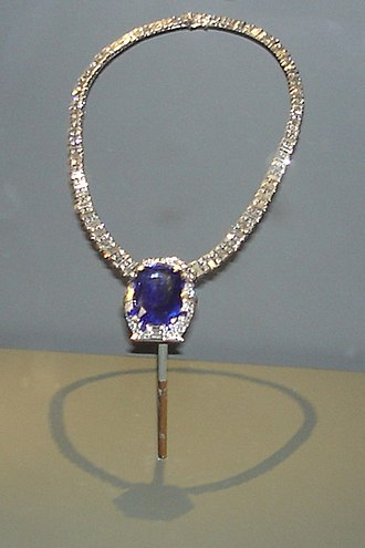 Bismarck Sapphire Necklace - The Bismarck Sapphire Necklace on display at the National Museum of Natural History in Washington D.C.