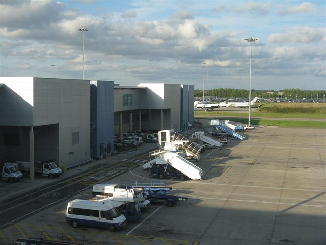 Boarding gates and apron at London Luton Airport - geograph.org.uk - 1446390
