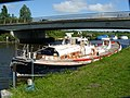 Boat at Beccles - geograph.org.uk - 1058568.jpg