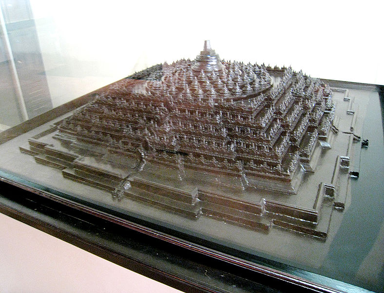 File:Borobudur Architectural Model.jpg