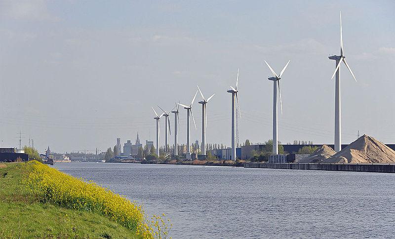 File:Boudewijnkanaal R02.jpg