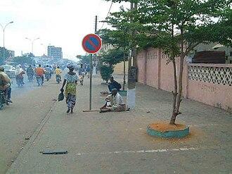 Cotonou - Image: Boulevard saint Michel de Cotonou